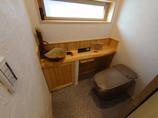 和風なトイレ