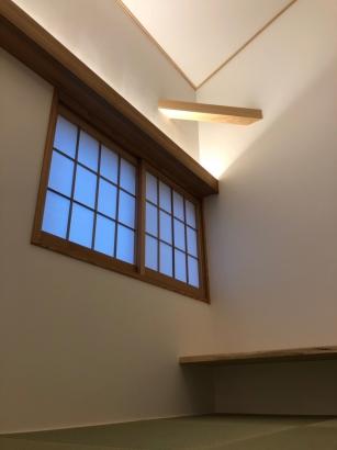 間接照明でスッキリした空間