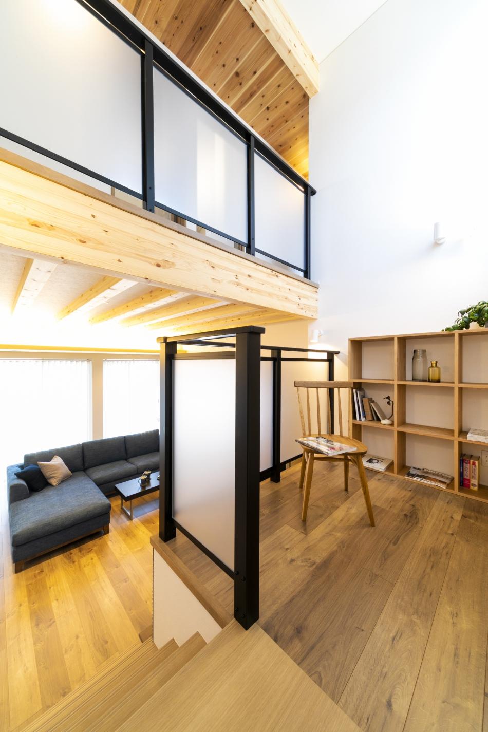 自由に使える中2階スペース